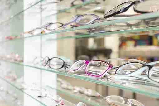 Cómo elegir a tus proveedores de óptica y tener una buena relación con ellos